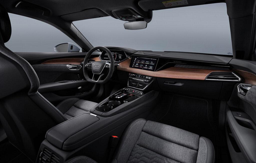 Visión interior Audi e-tron GT Quattro