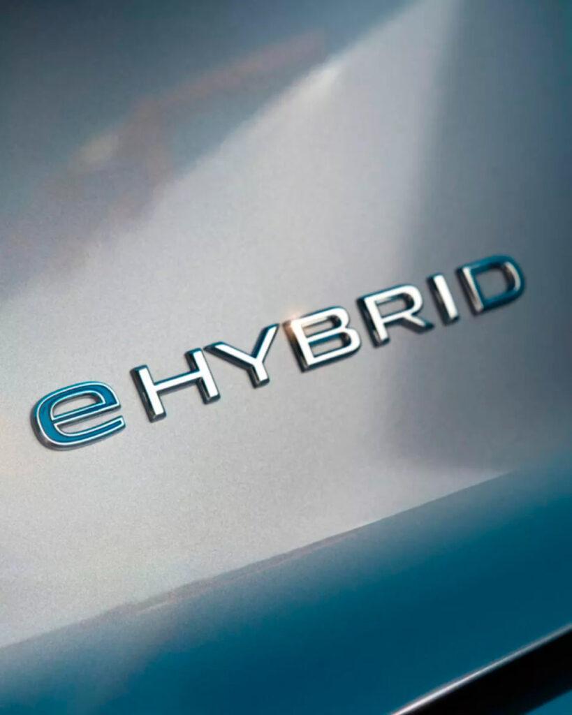 Insignia eHybrid visible en el Volkswagen Touareg eHybrid